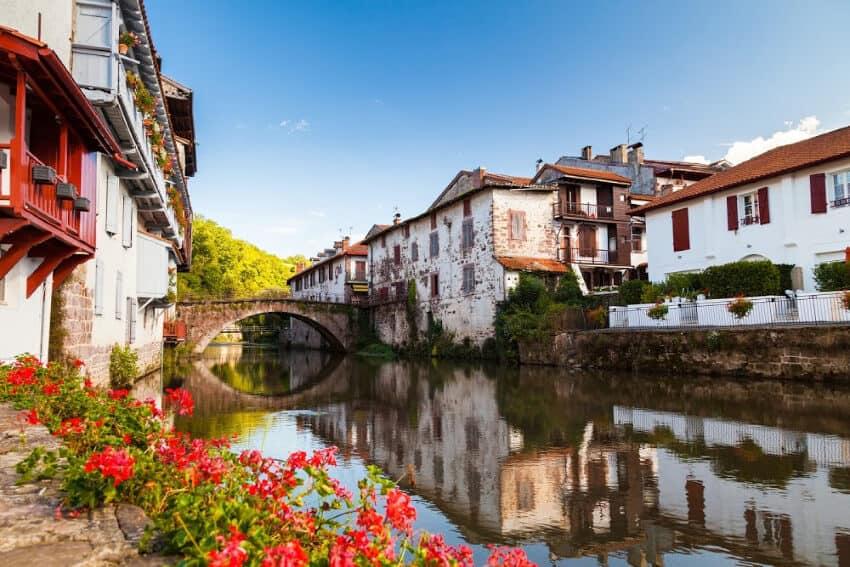 Saint-Jean-Pied-de-Port, Pyrenees Deposit