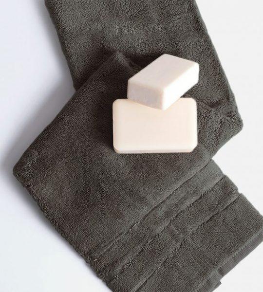 Cariloha hand towels