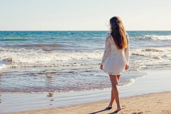 Warm beach and sunshine -  pixabay